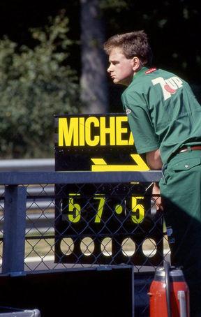Schumacher'e Formula 1'de gösterilen ilk zaman tabelalarından.