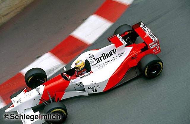 Marlboro'nun 1995'teki ilk sponsoru, komple desenini verdiği McLaren.