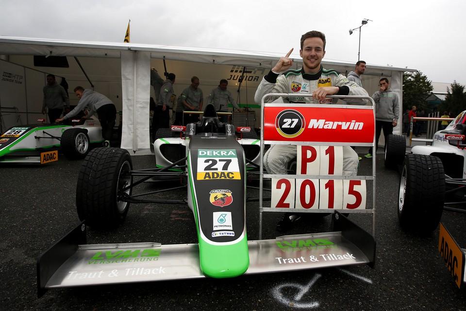 Marvin Dienst 2015'te ADAC F4'ün ilk şampiyonu oldu.
