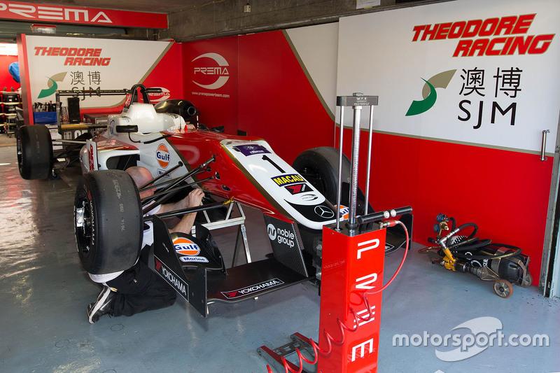 Prema - Theodore sıkı fıkılığı ile Macau 2015'i de kazanan Felix Rosenqvist'in Dallara F315/06 şasisini Bruno Carniero kullanabilir (diğer ihtimal 005 şasi). Geçmiş başarıları muhteşem olan bu özel 2 şasinin sadece renkleri kırmızı beyaz yerine, mavi turuncu olacak.